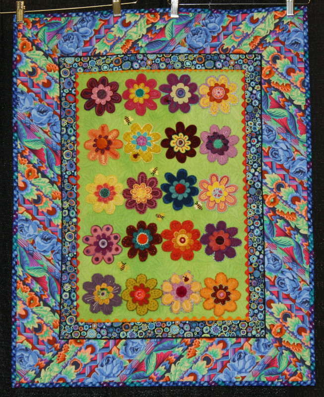"""""""Flower Power"""" Third Place Specialty Quilts, Best Stationary Machine Quilting"""