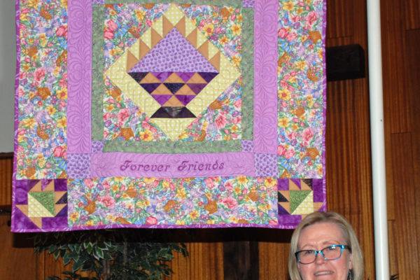 """""""Forever Friends"""" pieced & quilted by Elaine Cederquist, from the pattern Amish Baskets by Alex Anderson."""