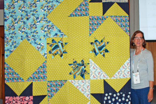 "Linda Jolly created and quilted ""Sttarriffic""."